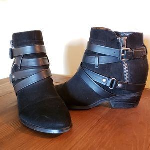 Crown Vintage Shoes - Black strappy ankle boots